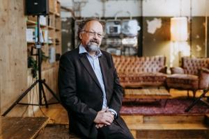 Prof. Dr. Franz-Karl Schmatzer - Studiengangsleiter Digital Engineering und Angewandte Informatik (B.Eng.) und Data Science (B.Sc.)